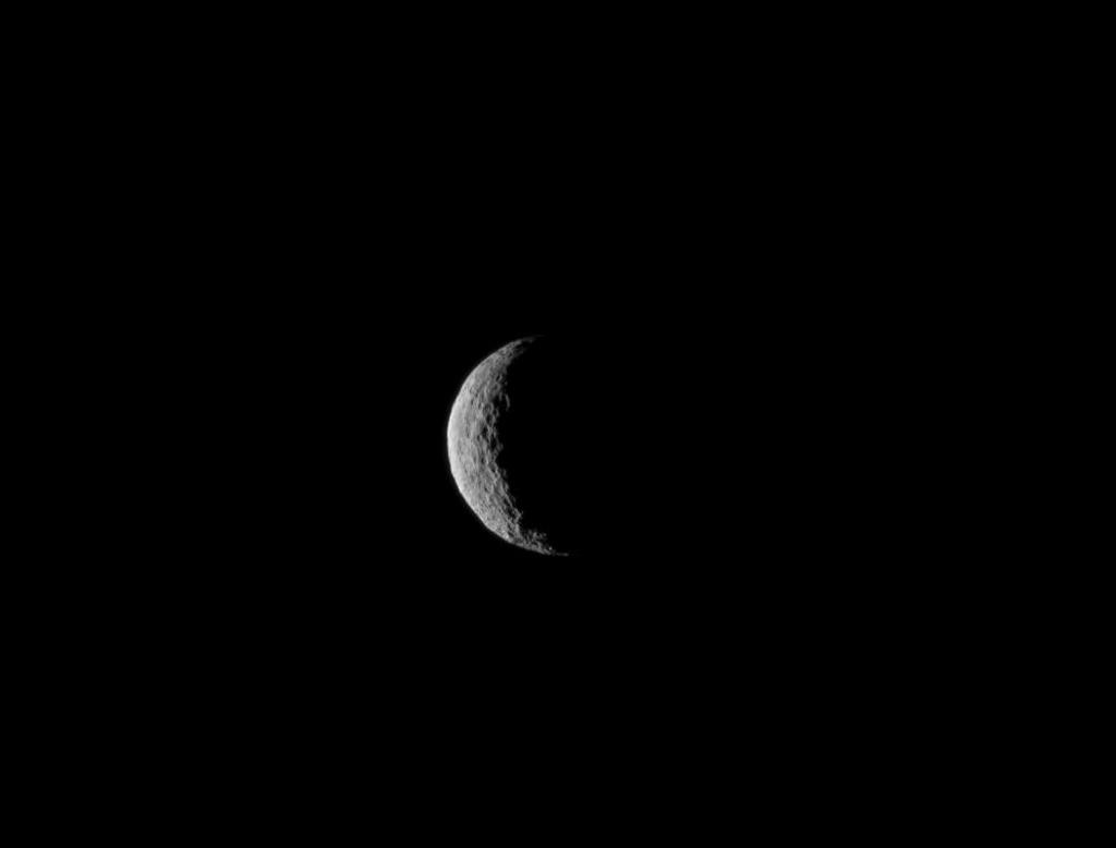 Thia NASA image obtained on March 6, 2015 shows Ceres, taken by the Dawn spacecraft on March 1, just a few days before the mission achieved orbit (AFP Photo/)
