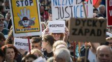 Thousands join fresh rallies against Czech government