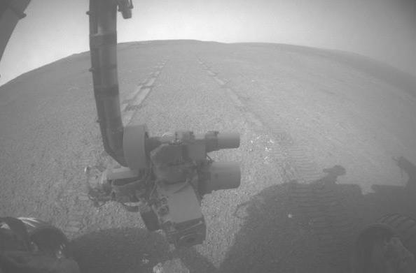 Opportunity breaks 40-year old NASA space-drive record, reminds Curiosity who's boss