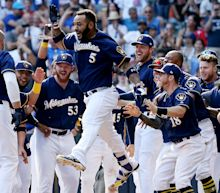 Brewers claim walk-off win over Cubs
