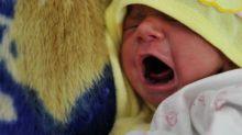 """Les enfants naissent davantage à la """"belle saison"""", selon une étude de l'Insee"""