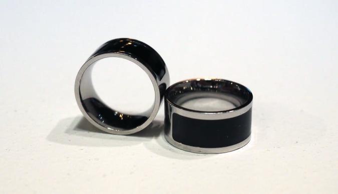 MOTA's vibrating jewelry promises more subtle notifications