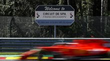 """F1: Leclerc fala em """"sofrimento"""" da Ferrari nas retas de Spa"""