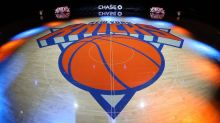 Report: Knicks willing to take on bad contracts for young player, picks