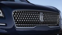 The Lincoln Nautilus Is a Stylish, Family-Friendly SUV