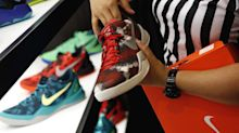 Foot Locker to rally 45% in 2018 after sneaker sales turn higher, analyst predicts