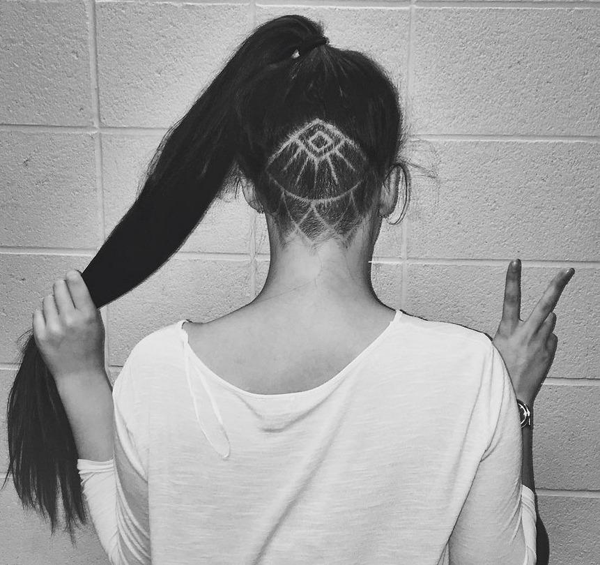 Frisurentrend 2016 Undercut Hair Tattoos