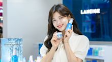 Korean actress and Laneige brand model Kim Yoo Jung makes a guest appearance at pop-up