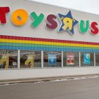 The Billionaire Behind Bratz Dolls Is Leading a Last-Minute Push to Save Toys R Us