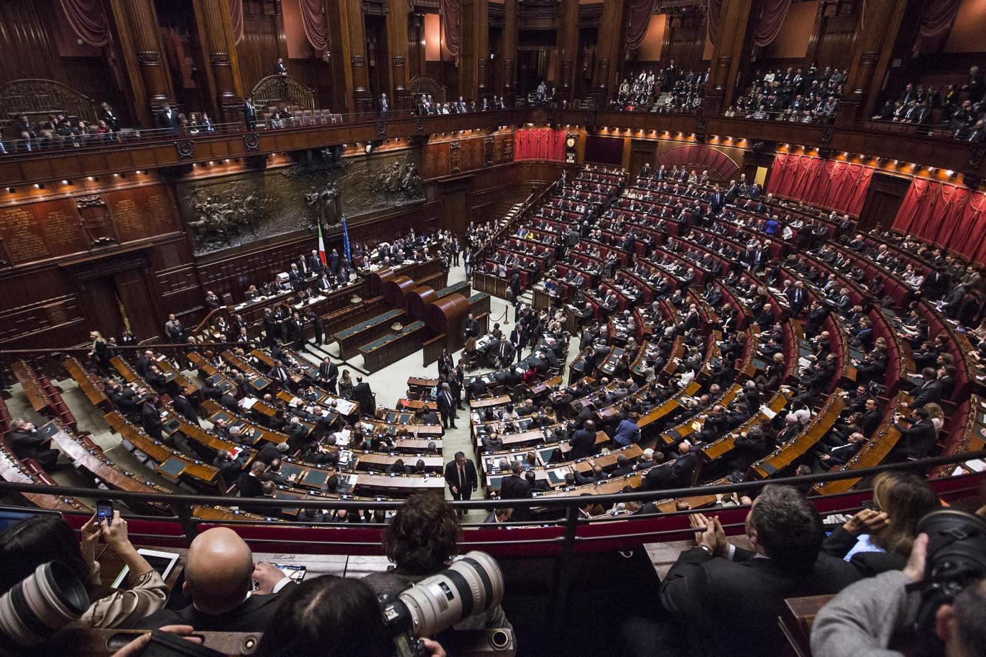 Tutte le spese di camera e senato for Camera e senato differenze