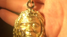 Lil Wayne's 18-carat gold necklace helps pay for London art student's university fees