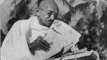 PM urged to restore photos of Gandhi's last moments