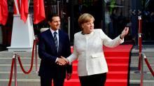Merkel e Peña Nieto elogiam livre mercado em meio a tensão comercial com EUA