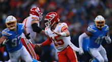 Chiefs edge Chargers in Mexico City