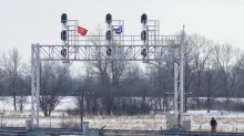 Business groups call on Ottawa to end rail blockade stranding goods