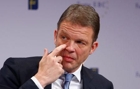 FILE PHOTO: Deutsche Bank CEO Christian Sewing attends the 28th Frankfurt European Banking Congress (EBC) at the Old Opera house in Frankfurt, Germany November 16, 2018. REUTERS/Ralph Orlowski