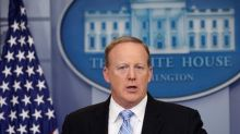 Sean Spicer quits as Trump seeks to fix his image