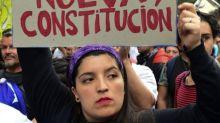 Protestas en Chile: por qué es tan polémica la Constitución chilena que ahora buscan cambiar