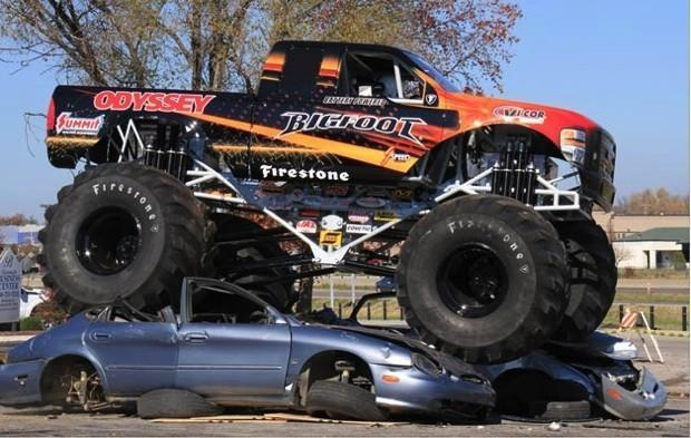 Watch an all-electric Bigfoot monster truck crush cars... quietly (video)