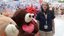 Singing Walmart Cashier Goes Viral
