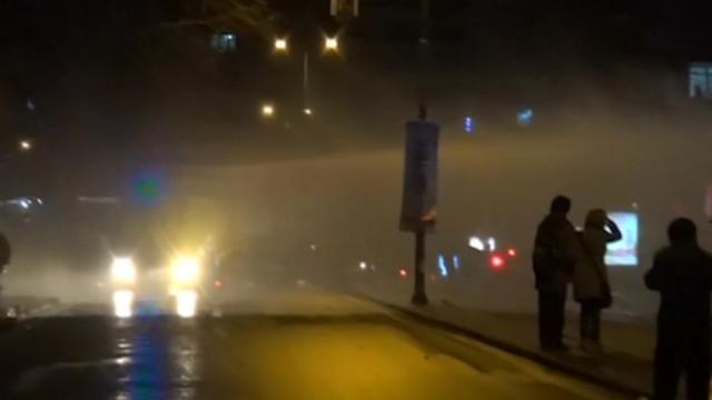 Turkey anti-government protesters clash with police
