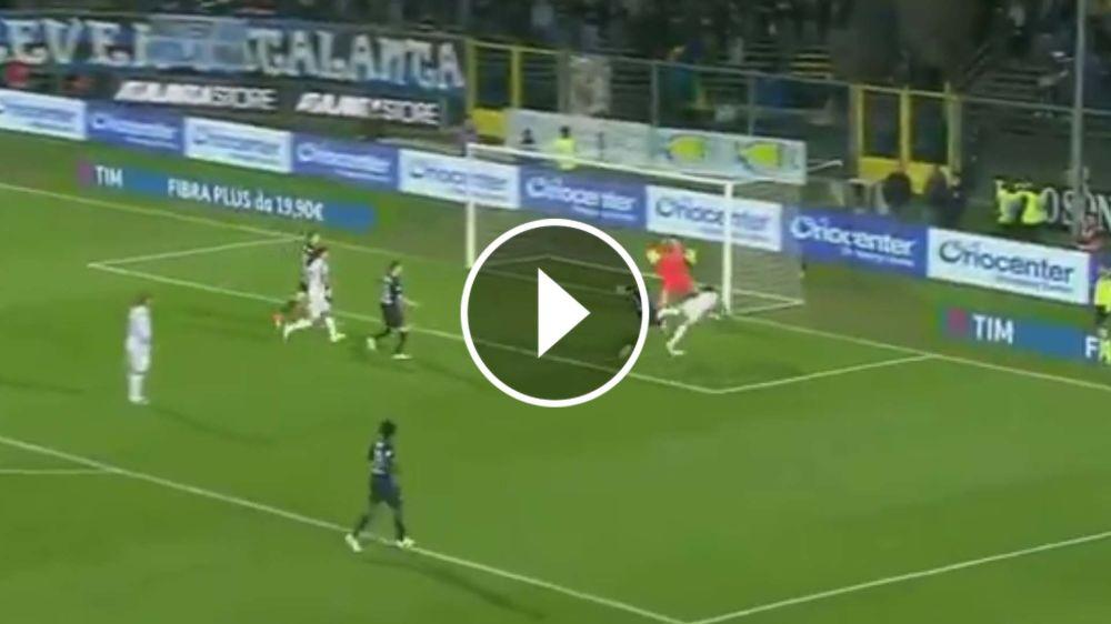 VIDEO: Dani Alves le daba la victoria a Juventus de cabeza