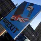 Brexit: Chaotic exit, referendum or last-minute deal?