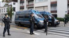"""Attaque près des anciens locaux de """"Charlie Hebdo"""" : ce que l'on sait du principal suspect"""