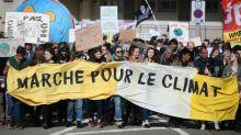 Paris reúne 45 mil pessoas na 'Marcha do Século' pelo clima