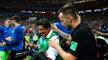 El gobierno de Croacia regala 7 días de vacaciones al fotógrafo 'aplastado' de la semifinal