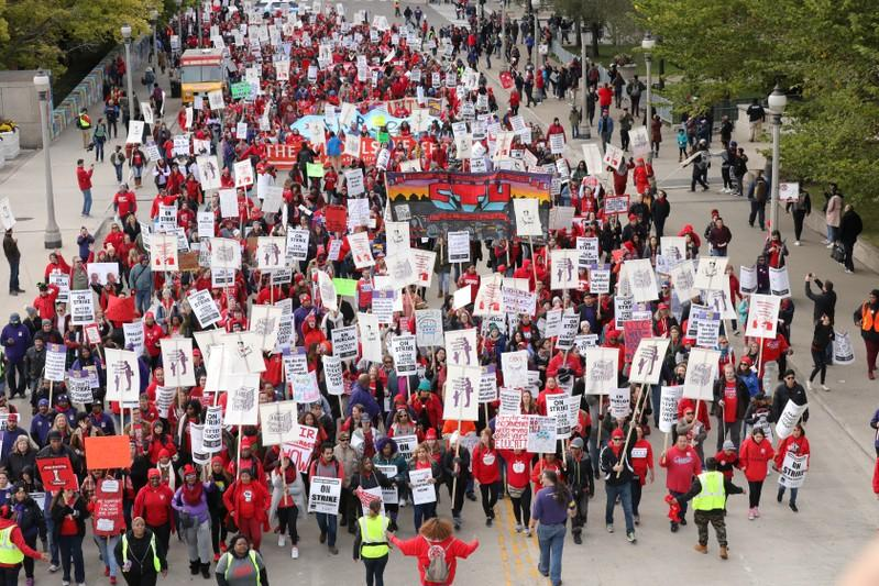 Chicago Teachers Strike Hits Ninth Day as Union, District Bargain