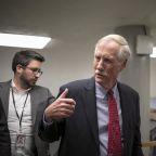 Bipartisan group of senators pushes back on Biden Covid plan