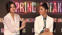 """Spring Breakers"": Selena Gomez und Vanessa Hudgens im Interview"