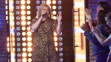Kelly Clarkson covers One Direction's 'What Makes You Beautiful' in latest Kellyoke