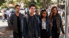 El tráiler de la temporada final de 'Por trece razones' confirma el cambio de serie dramática a thriller policial