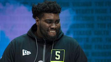 357-pounder stuns combine field with 40 time