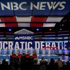Healthcare tangles in Democratic White House race could carry risk in 2020, polls show