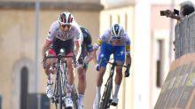 Ulissi gana en Agrigento por delante de Sagan y Ganna sigue de rosa