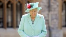 Queen Elizabeth cancels big palace events for the year