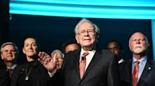 Warren Buffett Sheds Billions in Net Worth on Berkshire Hathaway's Worst Day in Seven Years