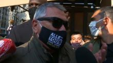 Jean-Marie Bigard, finalement présent à Paris, conspué par des gilets jaunes