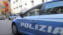 Ruba telefono a operaio ai giardini Montanelli, arrestato a Milano