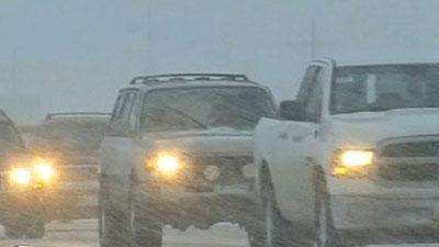 Raw: Colorado Snowstorm Creates Travel Woes