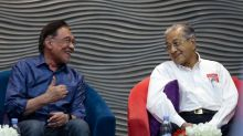 Anwar urges PKR leaders to focus on delivering Pakatan's unfulfilled pledges