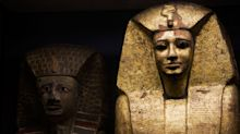 Archeologi trovano 27 sarcofagi intatti da 2500 anni in Egitto