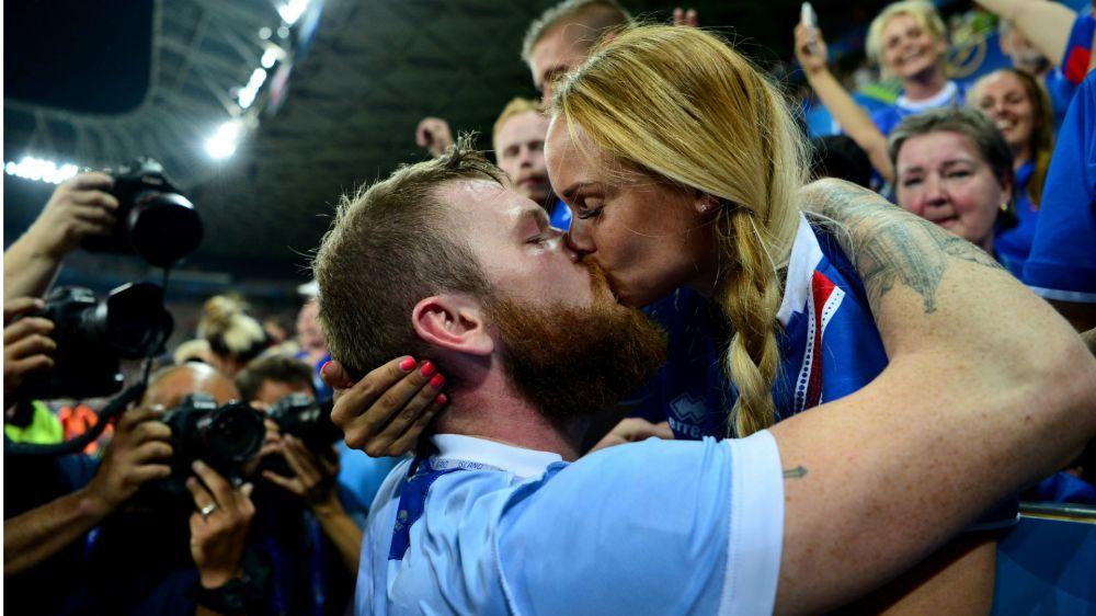 ¡Era para festejar! Récord de partos en Islandia, nueve meses después del triunfo sobre Inglaterra