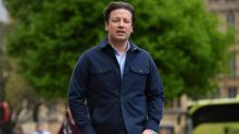 Jamie Oliver reveals he tracks daughters' location on app - but parenting experts say it could cause future problems