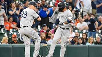 Yanks' duo chases history at Orioles' expense