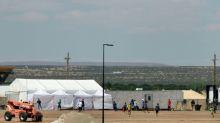 Crianças choram e chamam por suas mães na fronteira dos EUA