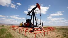 Oil prices dip amid expectations of higher U.S. inventories